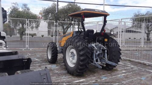 TRACTOR A750_2